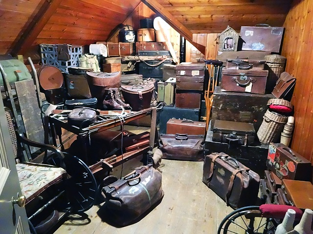 How to Handle Hoarding in Community Associations